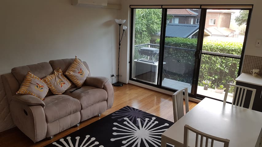 Cosy apartment close to city