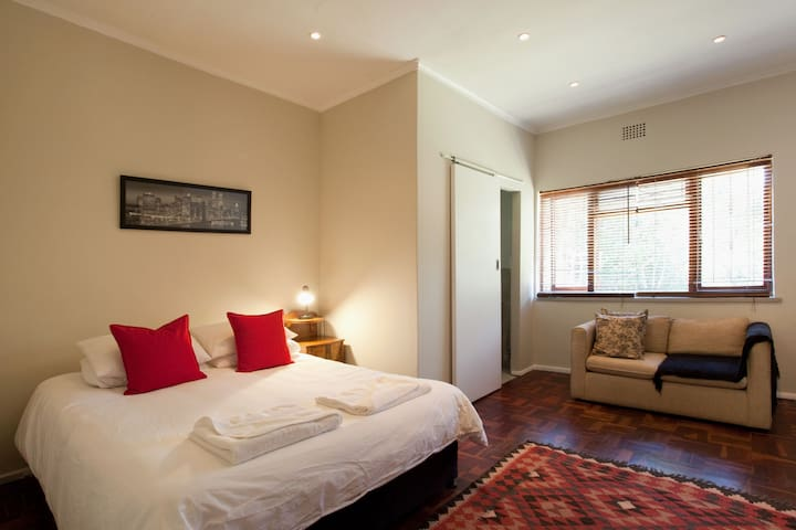 Convenient position. Close to beach and lagoon - Cape Town - Ev