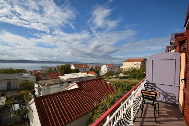 Room with balcony and sea view Starigrad, Paklenica (S-6594-a)