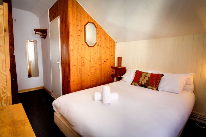 Le Vert Hotel — Value Double Room