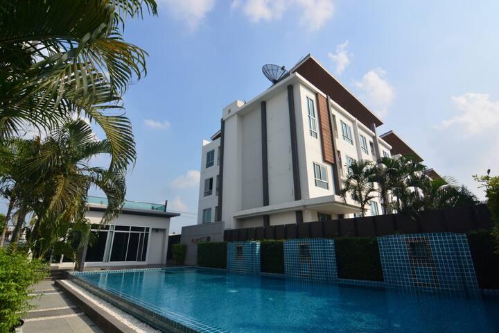 New room! Suvarnabhumi airport & Mall,Train & Pool