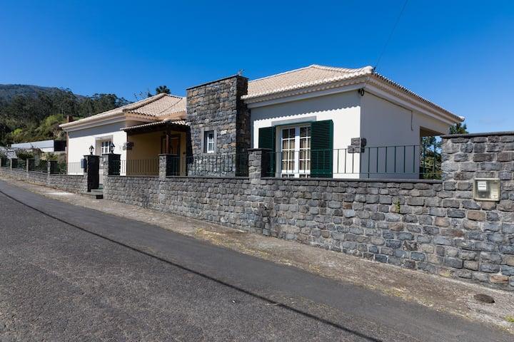 Casa Nunes (Holiday rental)