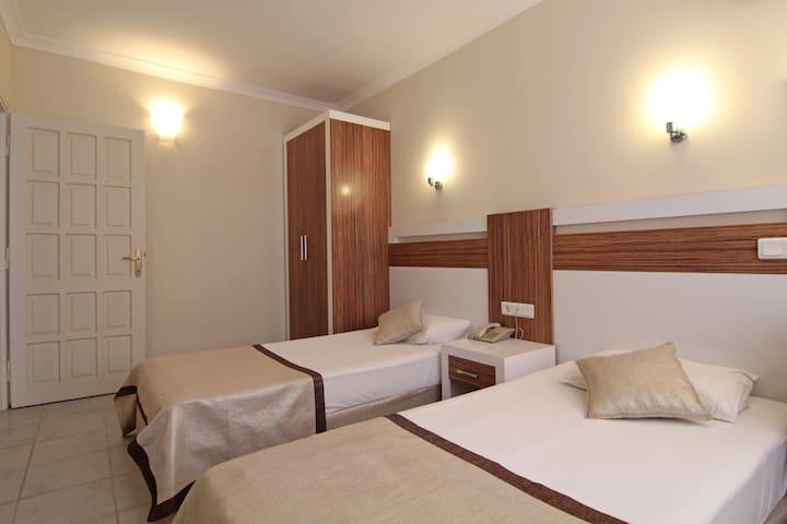 Grand Family Suit - Perle Apart Hotel