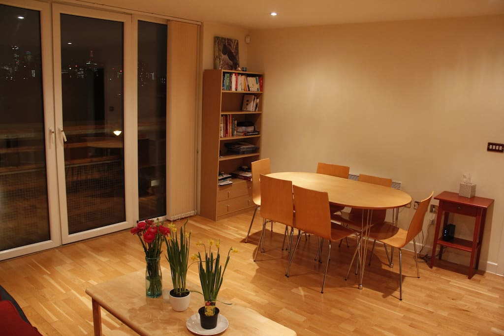 Main living and dining area with view out to the City of London