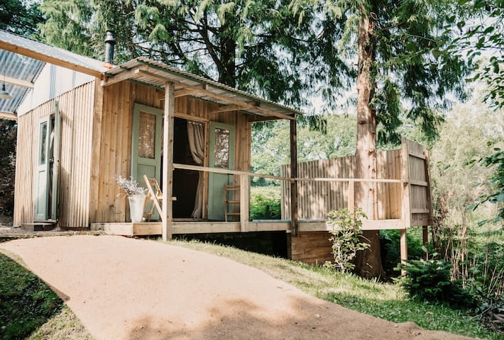 Scandinavian Style Glamping Eco Cabin with Hot Tub