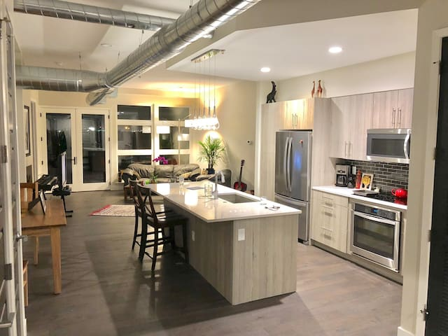 Modern Condo in the Heart of the RiNo Art District