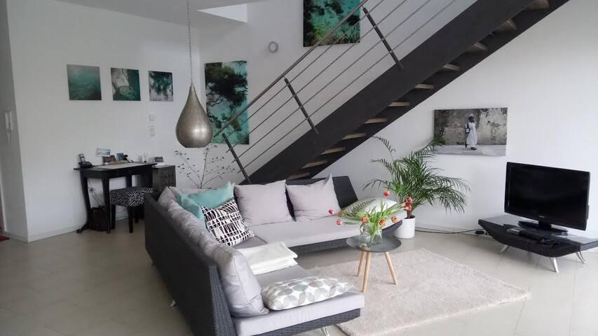Helle und moderne Wohnung in Schwarzach am Main - Schwarzach am Main