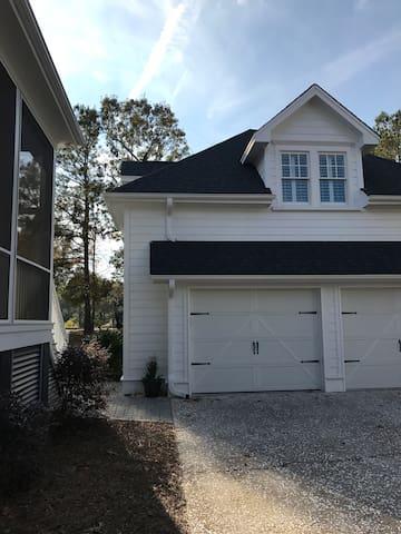 Private cottage house near Charleston