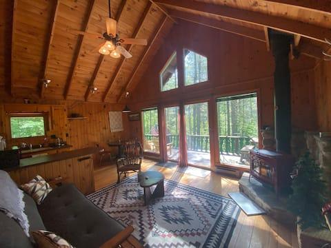Charming Adirondack Chalet Getaway
