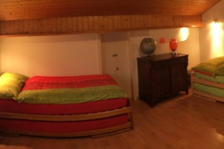 Guesthouse Anna - Room Niederhorn - Aeschlen o.G. - Hus
