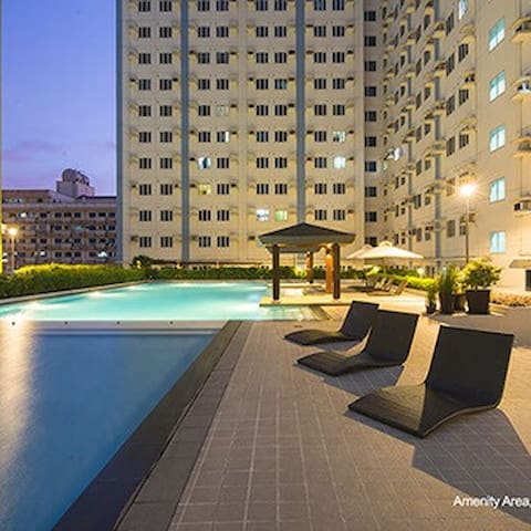 New Cozy Condo w/Amenities @ Mplace - Quezon City - Lejlighed