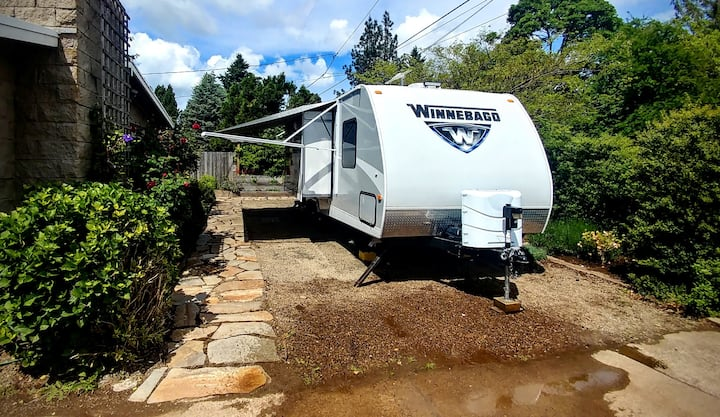 Glamping in Eugene - Private with many upgrades