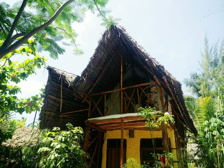 Standard Single Bungalow @ East coast Zanzibar[09]