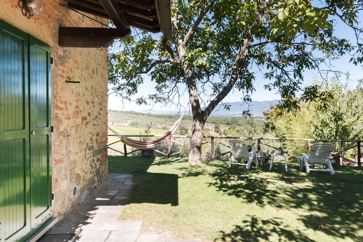Charming converted Hayloft overlooking the Chianti Hills
