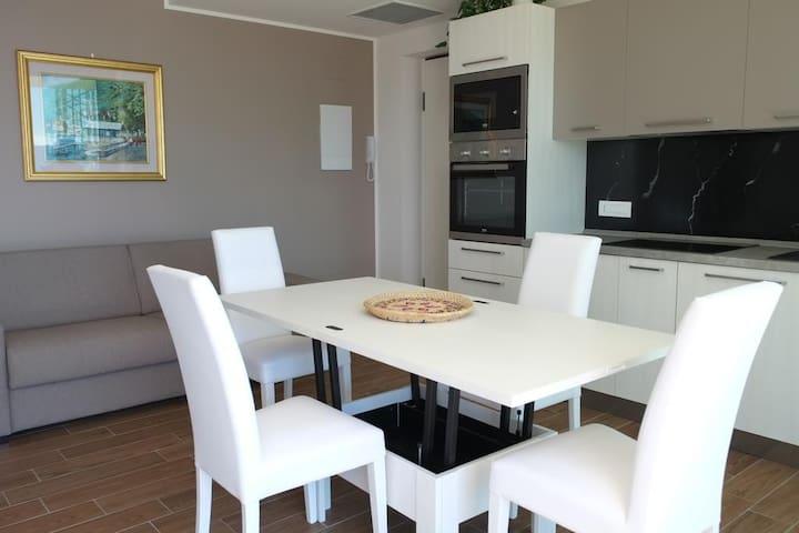 Residence Le Terrazze Appartamento Paradise - Perledo - Flat