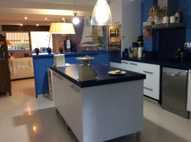Apartamento en Cala Cristus. Esencia mediterránea - Sant Antoni de Calonge - Appartement
