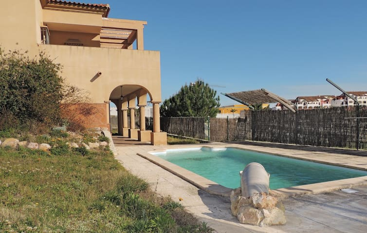 Holiday cottage with 4 bedrooms on 130 m² in Ayamonte