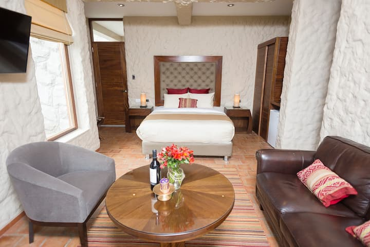 Elegant Matrimonial Suite - Sacred Valley
