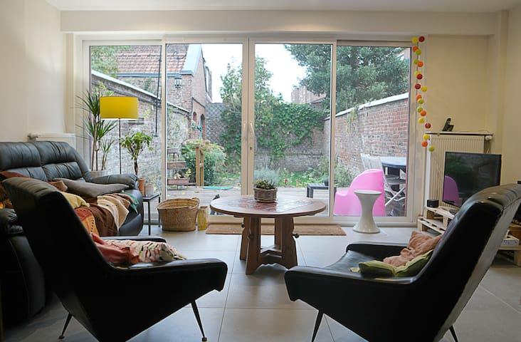 Bel appartement lumineux avec jardin - Lille - Flat