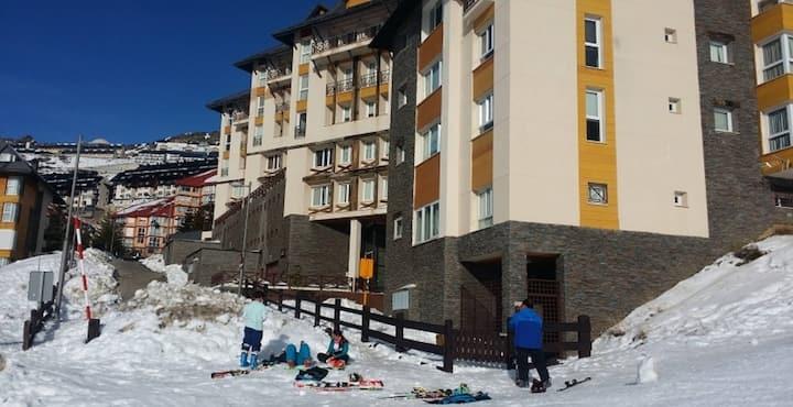 Estudio de Lujo con Piscina. Miramar ski