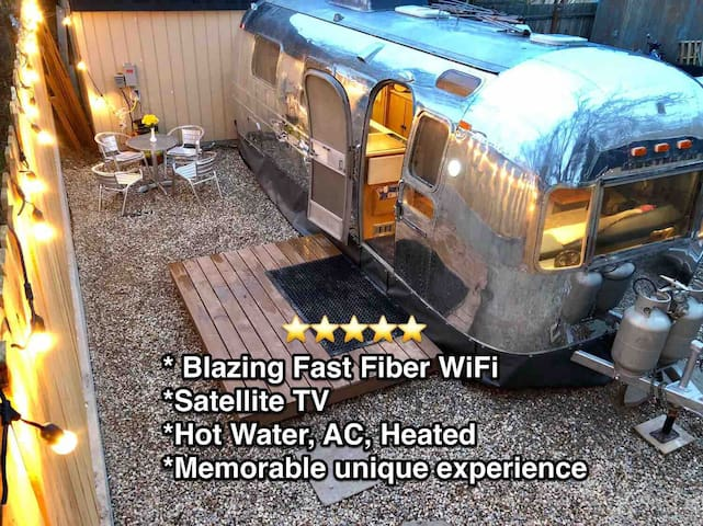 Rock N Roadie- Private Vintage Airstream! Heated