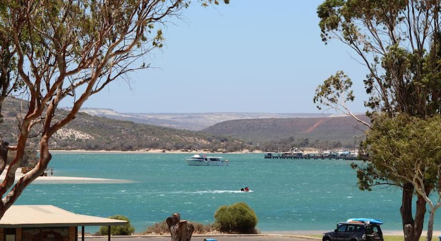Kalbarri Sunsea Apartment - Kalbarri