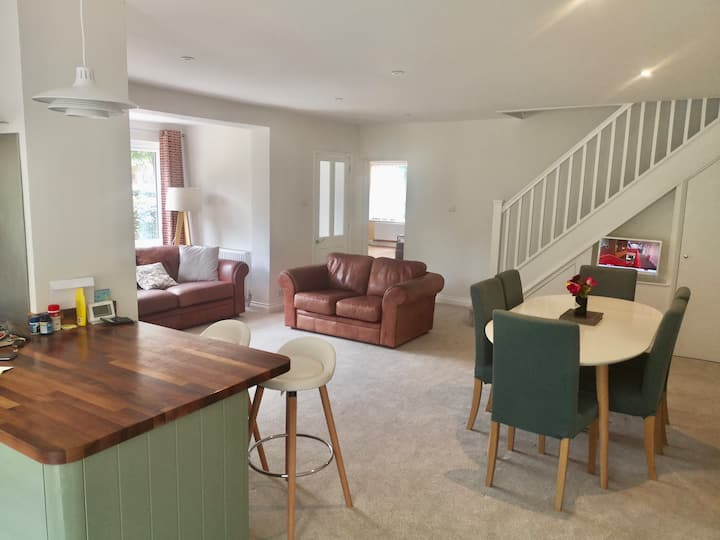 Spacious family home 8 miles from Southwold beach