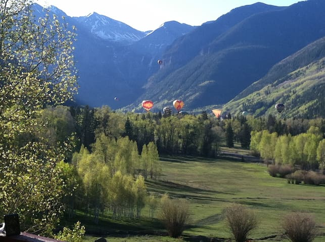 Live like a local in the Town of Telluride haven