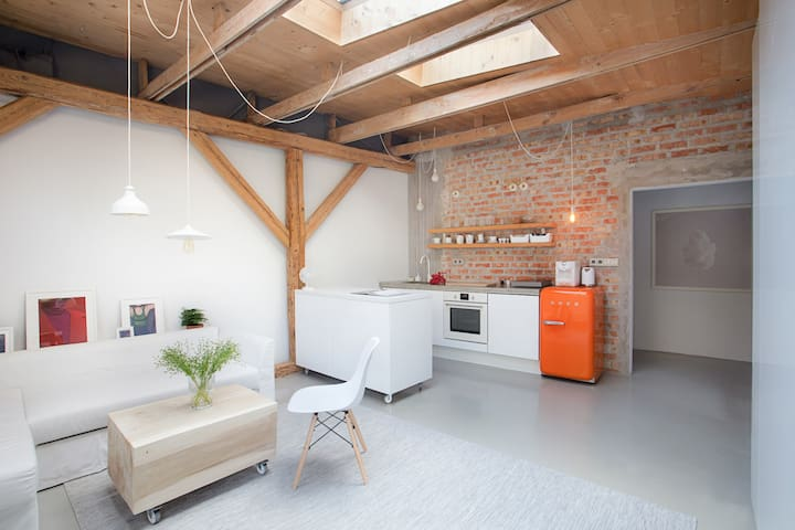 Special, cozy apartment, great location in Cracow!