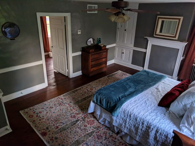 The Spruce Room at Woodhaven B&B