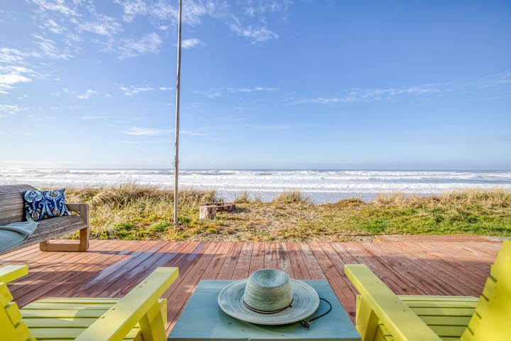 The Little Sand Castle Panoramic Views, Private Beach Access, in this Sweet, Casual Oceanfront Palace!