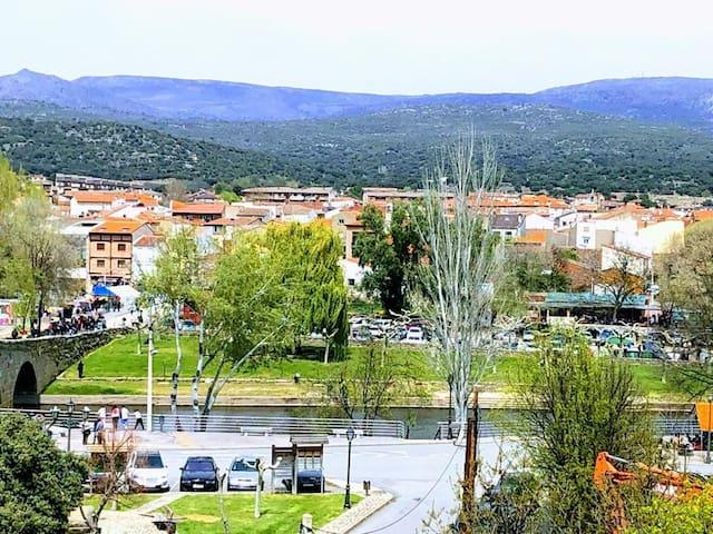 El balcón de Navaluenga