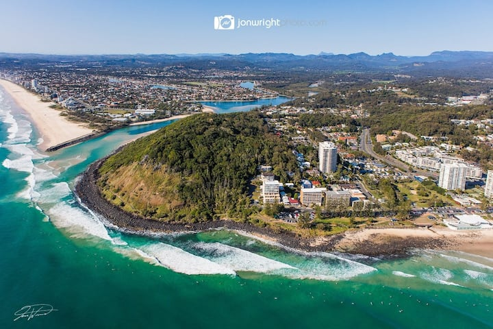 Beautiful Burleigh - unwind & relax