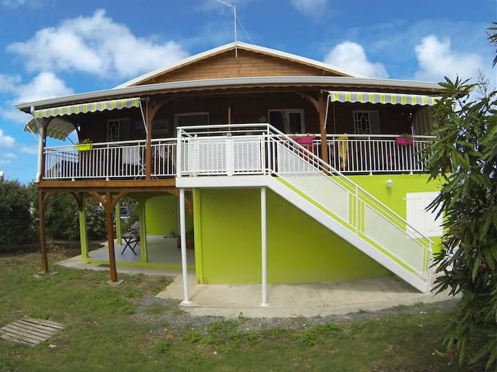oasis haut de villa avec piscine