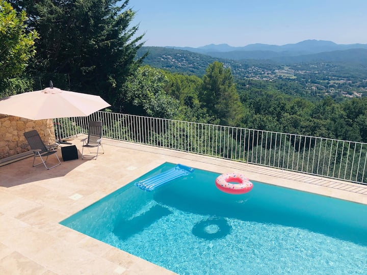 A beautiful and spacious villa in Montauroux!