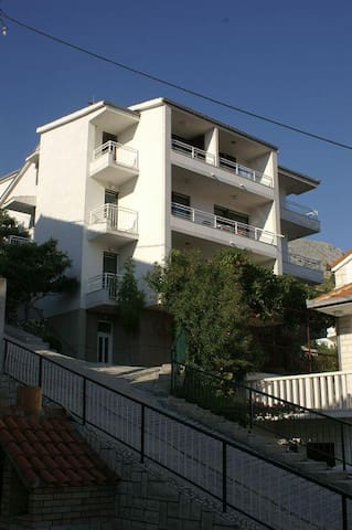 Studio flat with balcony and sea view Duće, Omiš (AS-945-b) - Duće - Andre