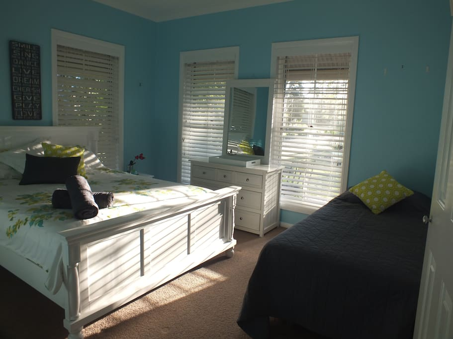 Bedroom 2  is perfect for                            family/friends                            (up to 3 guests)