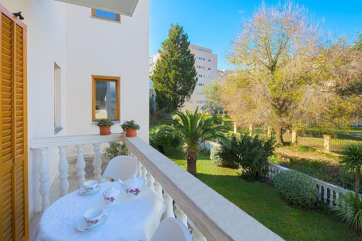 Paradise in Budva - Budva - House