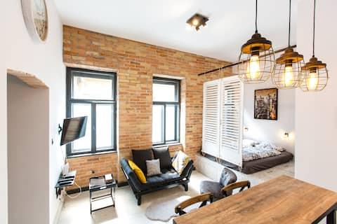 'Heart of the city' Designer Loft