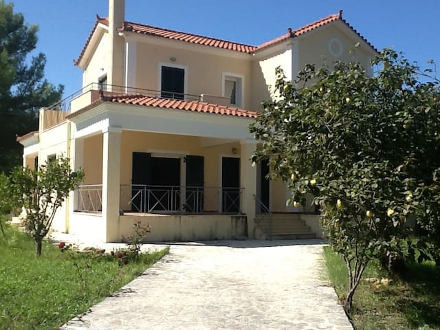 The most beautiful house in Pesada ( Cephalonia ) - Argostolion - Casa