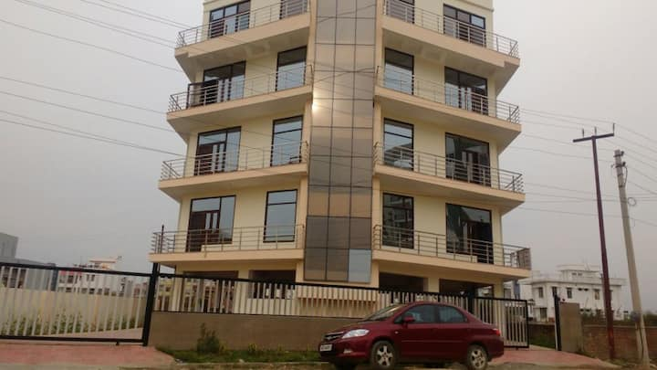 Mahaveer Tower, Boutique Apartments
