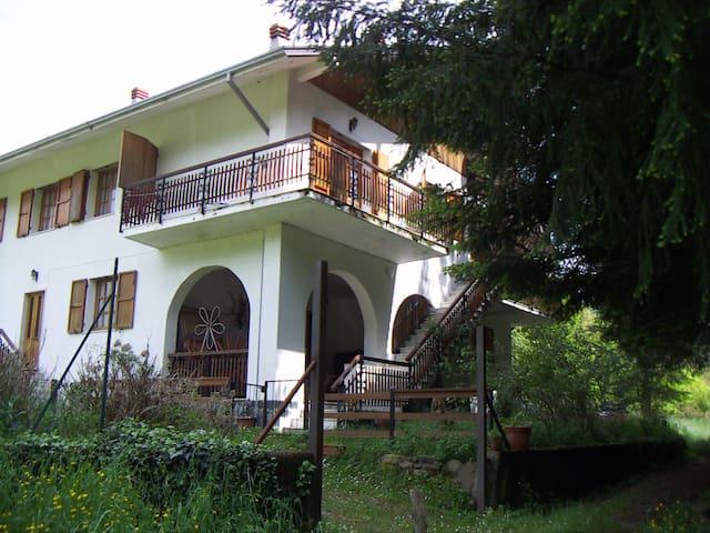 Casa Candellero in Val Trebbia - Rovegno - Rumah