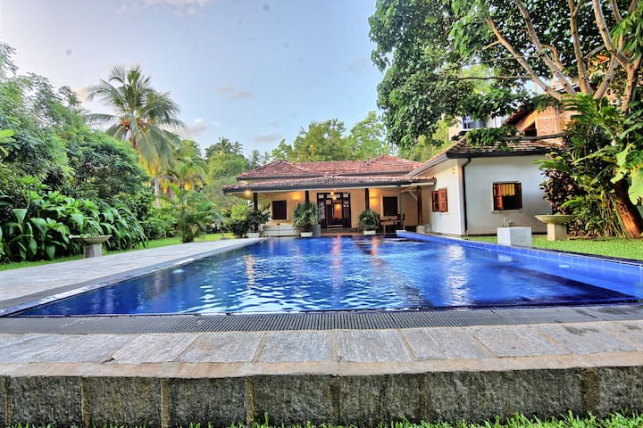 Deluxe Double Room in a Private villa with a Pool