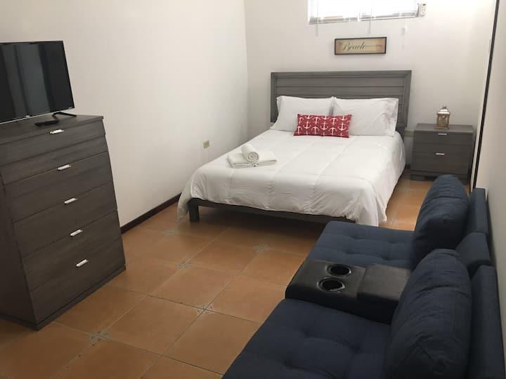 One Bedroom apartment (BLUE HOUSE JOYUDA)