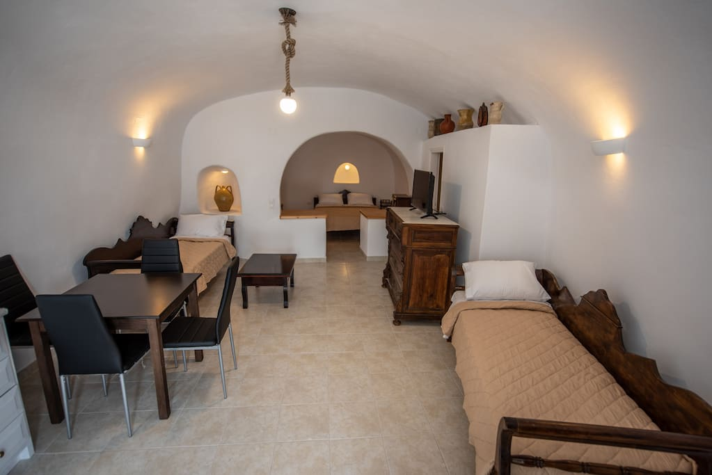 Open Plan Traditional Cave House