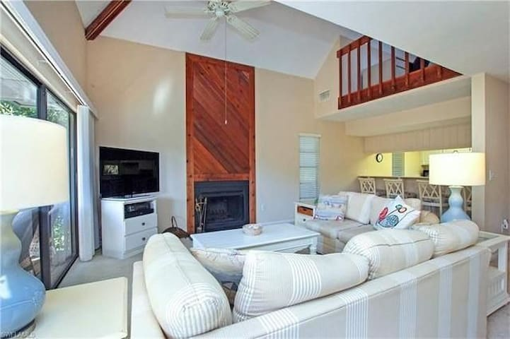 West Gulf Drive 4 Bedroom Beach and Pool - Sanibel - House