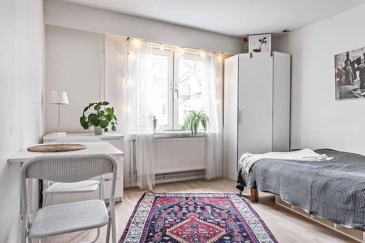 Appartment for two, 10 min from Stockholm city
