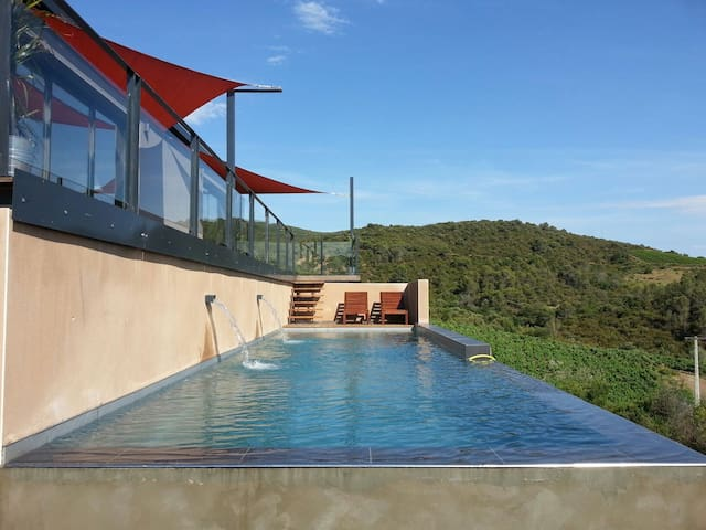 House Orb Valley View and heated pool
