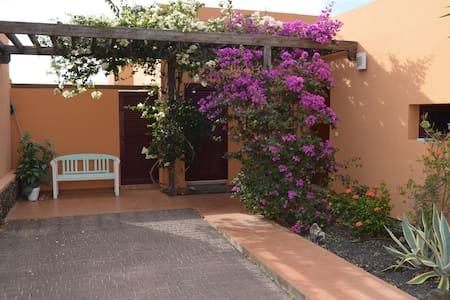 Casa Soleil-Schönes Haus nähe Lajares & Corralejo - Haus