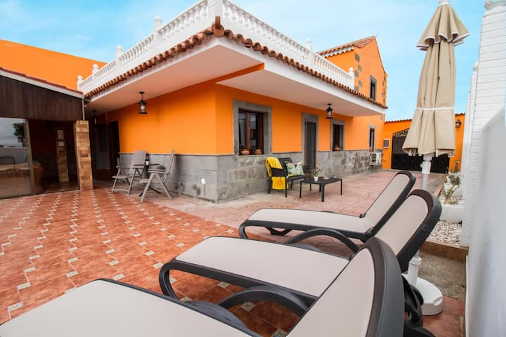 Casa Marjoes I - Terrace + BBQ + parking